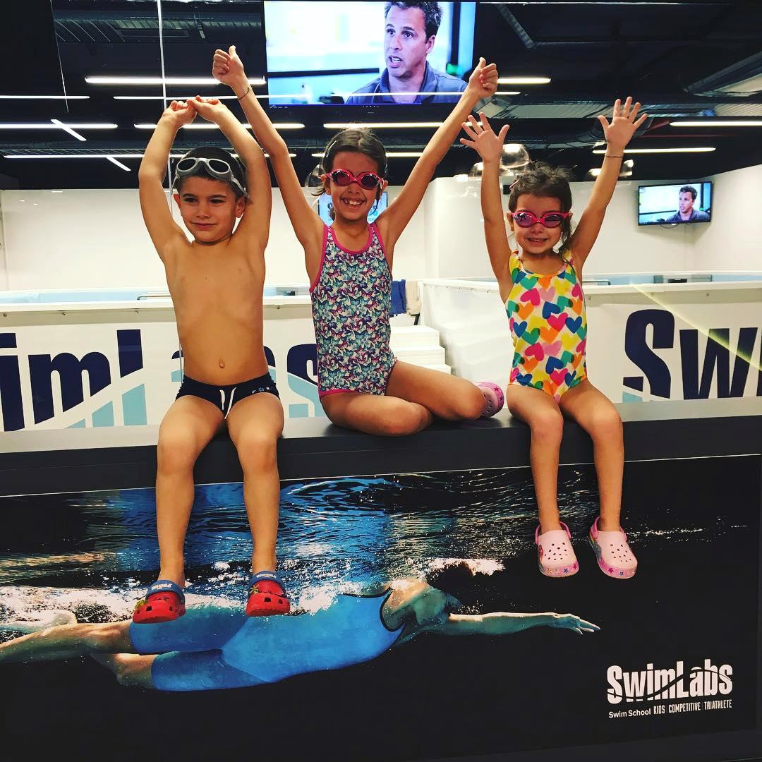 ÇOCUKLAR İÇİN YÜZME DERSLERİ - Yeni Başlayanlar | Profesyoneller | Çocuklar | Yetişkinler için Yüzme Dersleri